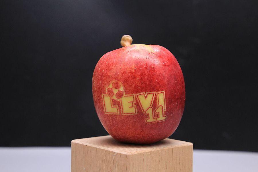 laser-engraving-apple-368